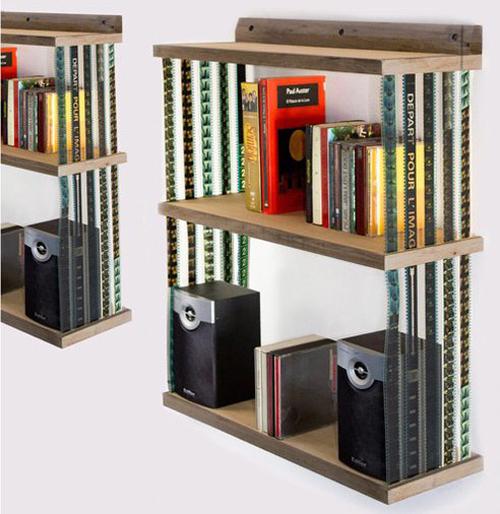 [Fundstück] Bücherregal mit 35mm Filmstreifen