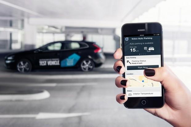 Volvo: Autos parken und holen Fahrer auf Knopfdruck