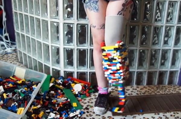 [Fundstück] Beinprothese aus Lego