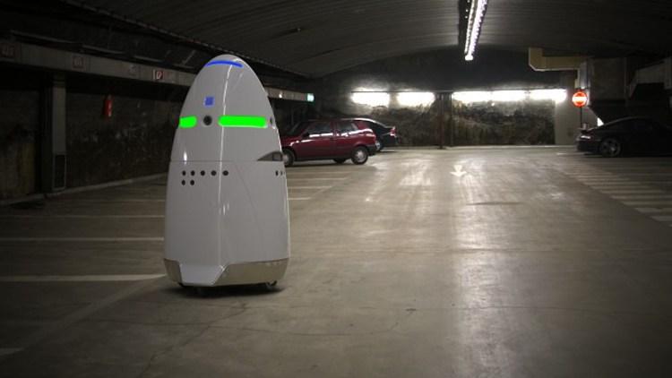 Knightscope: Security-Roboter sollen den Alltag sicherer machen