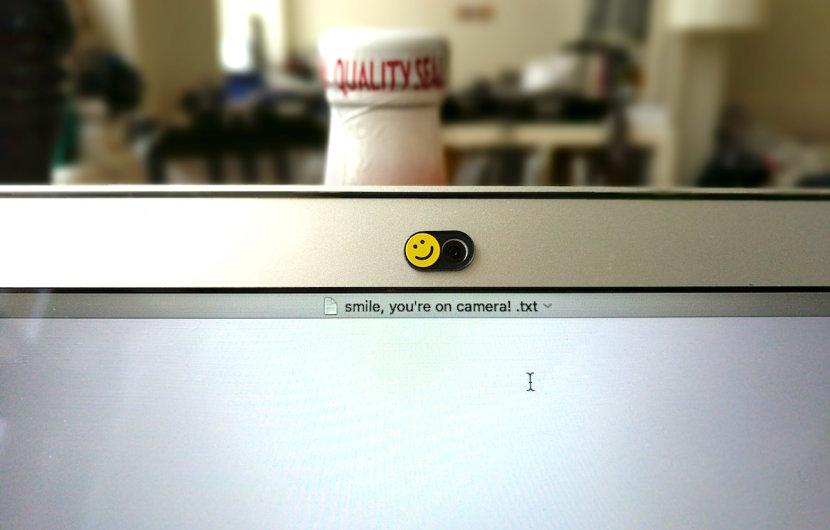 Soomz: Knuffiger Schutz für die Webcam
