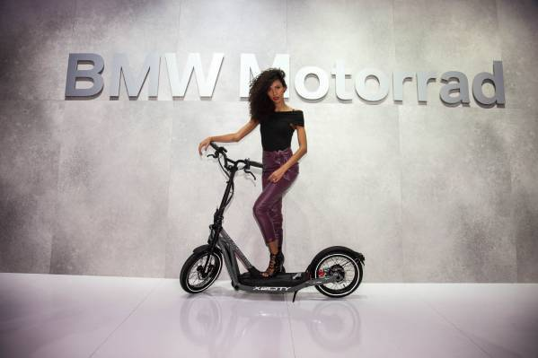 BMW X2City E-Roller / E-Scooter