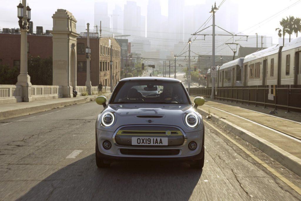 Mini Cooper SE - Front