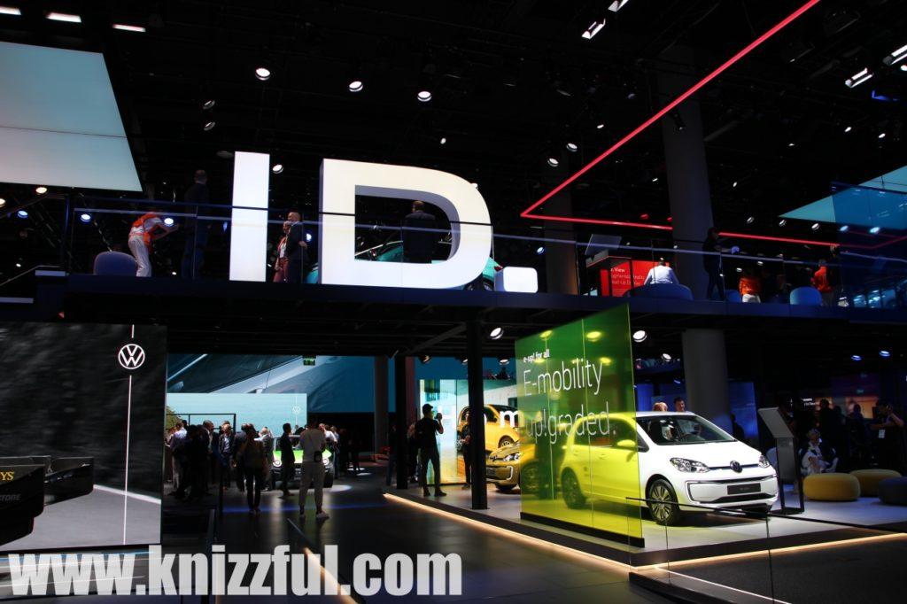 VW ID - Messestand IAA 2019